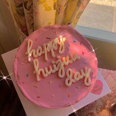 Pretty Birthday Cakes, Pretty Cakes, Cute Cakes, Brithday Cake, Simple Cake Designs, Pastel Cakes, Pinterest Cake, Mom Cake, Big Cakes