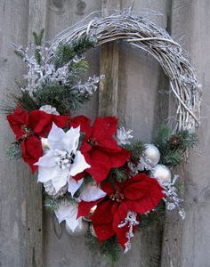 Christmas Wreath, Holiday Designer Décor, Elegant Christmas, Winter Floral Wreath