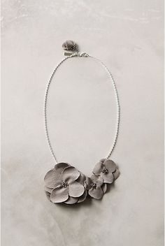 Floral bib necklace DIY tutorial