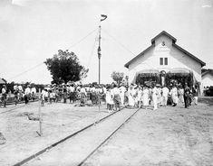 Openingsfeest op 1 Juli 1922 van de tramlijn Makassar - Takalar op Celebes. 1922