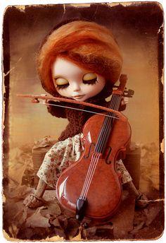 Autumn ~ altered Blythe doll by Rafael R. Girona