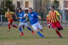 Reportaje fotográfico  de partido de futbol en Villanua.  Fotógrafo de eventos: toniblanco.es  Fotógrafo Profesional