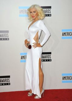 Happy Monday Braves !!! Come Take A Look At The Highlights From The 2013 #AMAs: Performances, Best &Worst Dressed List, & More !!! bravechica.com/... #ChristinaAguilera #amas #2013 #redcarpet #fashion #style #trends #music @BraveChica #latinablogger #wardrobestylist