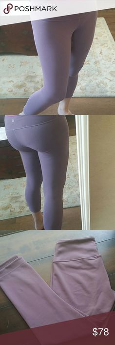 Wunder Under Reversible Crop, Purple Fog/Black Looks brand new, in flawless condition! Rare color. Reversible from purple fog to black. Full on luon is sweat wicking and four way stretch. Side pocket on waistband to keep your essentials close by. lululemon athletica Pants Ankle & Cropped