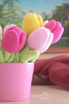 Etsy の Crochet pattern Tulip PDF by MyCroWonders Crochet Motifs, Crochet Flower Patterns, Crochet Flowers, Crochet Stitches, Crochet Ideas, Crochet Amigurumi, Amigurumi Patterns, Crochet Dolls, Crochet Gifts