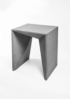 Small Accent Chairs For Bedroom Refferal: 5833725131 Marble Furniture, Concrete Furniture, Modular Furniture, Furniture Design, Concrete Stool, Concrete Countertops, Concrete Crafts, Concrete Projects, Outdoor Furniture Chairs