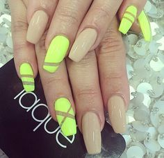Yellow & Nude Nails