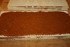 Karamelové oplátky - grilážky (fotorecept) - recept | Varecha.sk Pastries, Tiramisu, Ethnic Recipes, Food, Tarts, Essen, Meals, Tiramisu Cake, Yemek