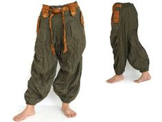 Harem Pants for Women and Man, Bohemian Clothing, here you find a big selection of Handmade Unique Pants for Unique People Fashion Pants, Boho Fashion, Mens Fashion, Fashion Outfits, Hippie Hose, Harem Pants Men, Moda Hippie, Bohemian Pants, Baggy Clothes