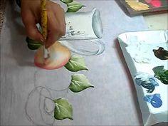 PINTURA EM TECIDO - Pintando bule com pêssegos - how to paint peaches