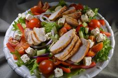 Food N, Food And Drink, Power Salat, Green Goddess Dressing, Salad Recipes, Healthy Recipes, Fresh Fruit Salad, Caprese Salad, Food Inspiration