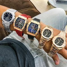 Does this look like a million dollar arm? Which is your go-to piece? Luxury Watches, Rolex Watches, Watches For Men, Rolex Batman, Richard Mille, Rich Lifestyle, Hand Watch, Grillz, Mens Style Guide