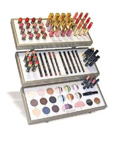 < Display By Être Belle > Il fantastico espositore da banco per makeup, personalizzabile e componibile dal cliente. #display #etrebelle #trucco #makeup #espositore #bbmesthetique #estetista