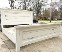 Distressed White Farmhouse Bed - Home Professional Decoration Diy King Bed, White Bed Frame, Diy Farmhouse Bed, Farmhouse Bedroom Furniture, Farmhouse Bed Frame, Bedroom Diy, Farmhouse Bedding, Farmhouse Headboard, Remodel Bedroom