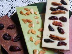 A táblás csokik készítése nagyon egyszerű, csak ötlet kell az ízesítéshez. Egy korábbi bejegyzésben írtam a színes csokikról. (itt) Most is a...