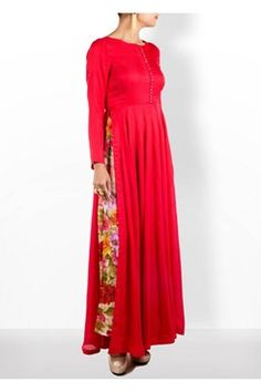 High Slit Kurta with Floral Pants   #carma #carmaonlineshop #style #fashion #designer #indianfashion #indiandesigner #ankitajuneja #gown #couture #shopnow #indianwear #pretty #girly #onlineshopping #instashop #beautiful #outfitpost #ootd #ootn #partywear #eveningwear #whattowear #highslit #kurta #floral #pants