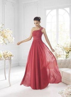 The elegant and dignity one shoulder ruby chiffon floor-length bridesmaid dress with the charming shirring bodice and the criss-cross ruches sash Gala Dresses, Dresses 2013, Elegant Dresses, Pretty Dresses, Formal Dresses, Long Dresses, Vestidos Color Coral, Red Bridesmaid Dresses, Red Bridesmaids