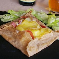 on raclette Breakfast Recipes, Dinner Recipes, Quesadilla, Fajitas, Charcuterie, Crepes, Entrees, Sandwiches, Brunch