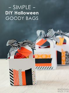 Simple DIY Halloween goody bags made with washi tape (using different color/pattern of tape for other holidays! Diy Halloween, Halloween Goodie Bags, Halloween Goodies, Halloween Cards, Holidays Halloween, Happy Halloween, Halloween Decorations, Washi Tape Crafts, Paper Crafts