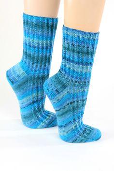 Handgestrickte Socken Gr.40/41 von Wollwerkstatt auf DaWanda.com