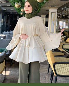 Muslim Fashion, Hijab Fashion, Fashion Outfits, Stylish Dress Designs, Stylish Dresses, Cute Baby Videos, Fleece Hoodie, Dream Dress, Designer Dresses