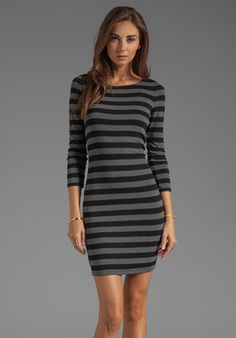 ALICE + OLIVIA Long Sleeve Scoop Neck Dress in Black/Grey - Stripes
