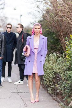 Zhanna Bianca Romashka- Paris Fashion Week Fall/Winter-2014-2015 - i looooove everything about this peacoat!
