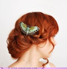 Beautiful butterfly hairpin ... I love how the colours complement each other!