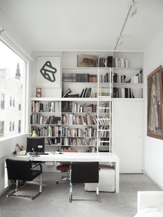 Desk and Book Shelf inspiration with tall solid door behind. Similar to wall facing guest bath, allows for sofa placement on opposite wall adjacent to closet and a/c closet. Home Office Space, Office Workspace, Office Office, Ikea Office, White Office, Office Spaces, Shelf Inspiration, Interior Inspiration, Inspiration Design