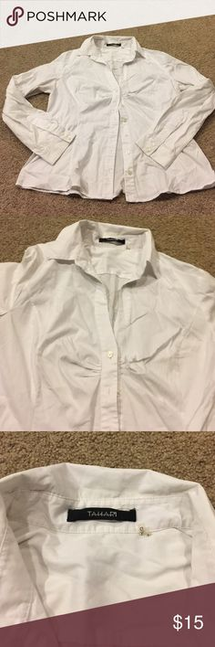 Dressy/ casual shirt This top is really cute with detail. Cute collar stitch and pleats near the breast area. Tahari Tops Button Down Shirts