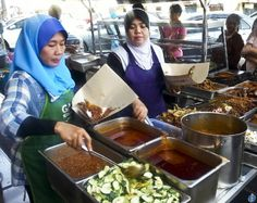Food in Malaysia - Street Food in Kelantan - Nasi Kukus