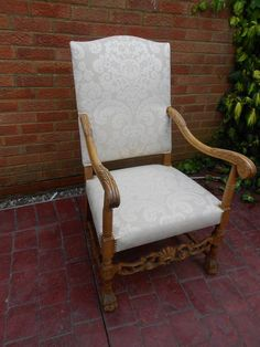 Vintage Throne Style Chair £395.00