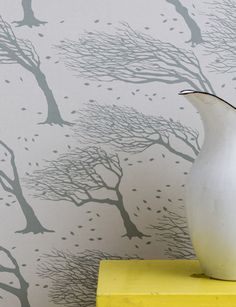Northeasterly Wallpaper in Soft Grey
