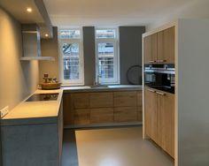 Koak Design makes real oak doors for IKEA kitchen cabinets. Koak + IKEA = your design! Ikea Kitchen Cabinets, Kitchen Doors, Kitchen Chairs, Kitchen Appliances, Kitchen Rules, House Design, Armoire Ikea, Narrow Kitchen, Arquitetura