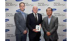 Andre Kuipers lanceert Samsung GALAXY S4 in Amsterdam