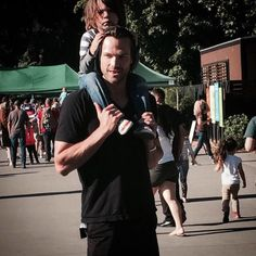 aww jared and tom at the zoo