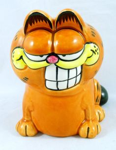 Garfield the Cat Grinning Figurine Ceramic Smiling Enesco 1978 Vintage Cool Cat, #Garfield Cat, #Enesco http://stores.ebay.com/manicmerchandiseandcollectibles/Cats-Kitties-/_i.html?_ipg=48&_fsub=4564069016