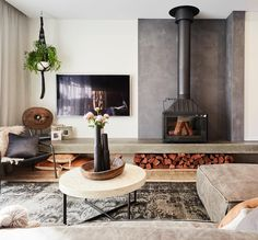 Best Fireplace TV Wall Ideas – The Good Advice For Mounting TV above Fireplace – For the Home – Best Fireplace TV Wall Ideas – The Good… – Modern Fireplaces – fireplace Tv Above Fireplace, Stove Fireplace, Wood Fireplace, Living Room With Fireplace, Fireplace Design, Modern Fireplaces, Fireplace Ideas, Wood Stove Wall, Guter Rat