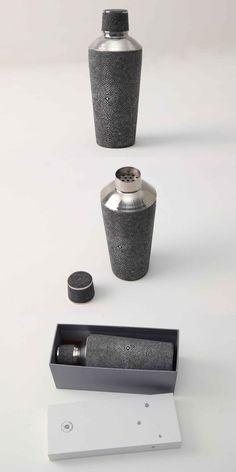 Cocktail shaker in charcoal shagreen & stainless steel. Cocktail Shaker, Bartender Drinks, Drinkware, Napkin, Utensils, Charcoal, Presents, Stainless Steel, Ring