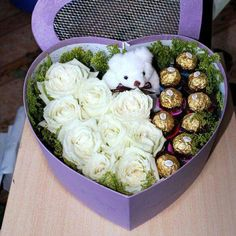 Trendy Flowers Bouquet Present Floral Arrangements Ideas Valentines Flowers, Valentine Gifts, Gift Wraping, Flower Packaging, Chocolate Bouquet, Candy Bouquet, Arte Floral, Romantic Gifts, Flower Boxes