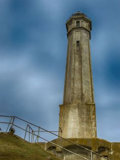 Alcatraz Pictures - Reasons to See the Famous Prison: Alcatraz Lighthouse