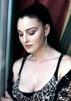 Monica Bellucci busty in a sultry closeup ~ Celebrity Plunge