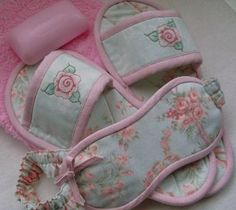 Slippers & eye mask! Lovely gift for the women in your life. free tutorial