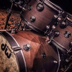 DW Collector's Series Timeless Timber Romanian River Oak drum set