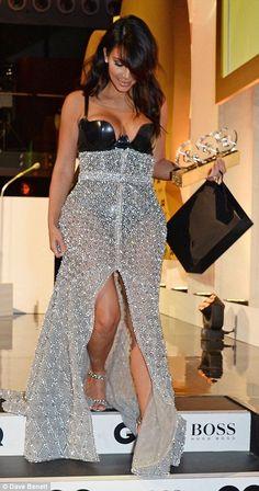 Custom Ralph & Russo Haute Couture Crystal Embroidered Skirt, Atsuko Kudo Latex Custom bodysuit & Giuseppe Zanotti X Balmain Sandals Kim Kardashian Kylie Jenner, Kardashian Style, Kardashian Fashion, Fashion Idol, Diva Fashion, Kim K Style, My Style, Gq Awards, Plus Size Beauty
