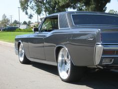 1966 Lincoln Continental - los angeles, CA owned by gregory31 Page:1 at Cardomain.com