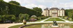 See beautiful outdoor sculptures by Rodin in the summer sunshine at Musée Rodin, arrondissement. Rodin Museum Paris, Conciergerie Paris, Tour Saint Jacques, Rue Montorgueil, Beautiful Gardens, Most Beautiful, Galerie Vivienne, Musée Rodin, Outdoor Sculpture