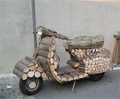 Very rustic Vespa. Piaggio Vespa, Lambretta Scooter, Scooter Motorcycle, Vespa Scooters, Trike Scooter, Sidecar, Vespa Girl, Scooter Girl, Motor Scooters