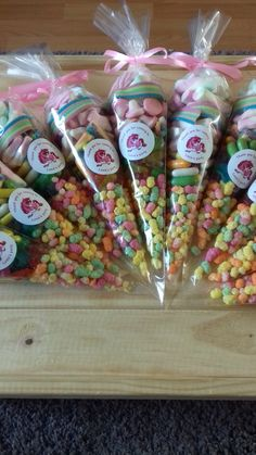 """Thanks for the kind words! ★★★★★ """"Lovely product, prompt response from seller when contacted with a query and arrived in good time."""" Source by Candy Favors, Kid Party Favors, Candy Party, Party Favor Bags, Party Treats, Candy Bags, Favours, Baby Girl Birthday, Unicorn Birthday Parties"""