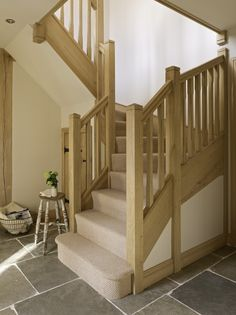 Since 1980 Border Oak have specialised in the design and construction of exceptional bespoke oak framed buildings across the UK and abroad Cottage Staircase, House Stairs, Staircase Bookshelf, Attic Staircase, U Shaped Staircase, Staircase Design, Border Oak, Oak Framed Buildings, Oak Stairs